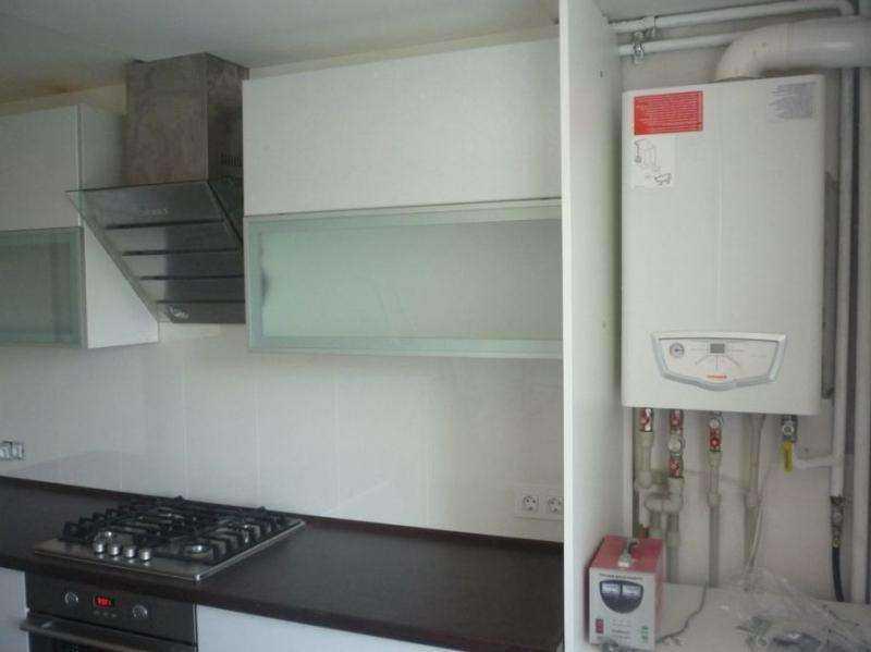 Газовый котел на кухне в частном доме: как установить и спрятать в интерьере